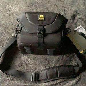 Riggers Journey 34 shoulder bag
